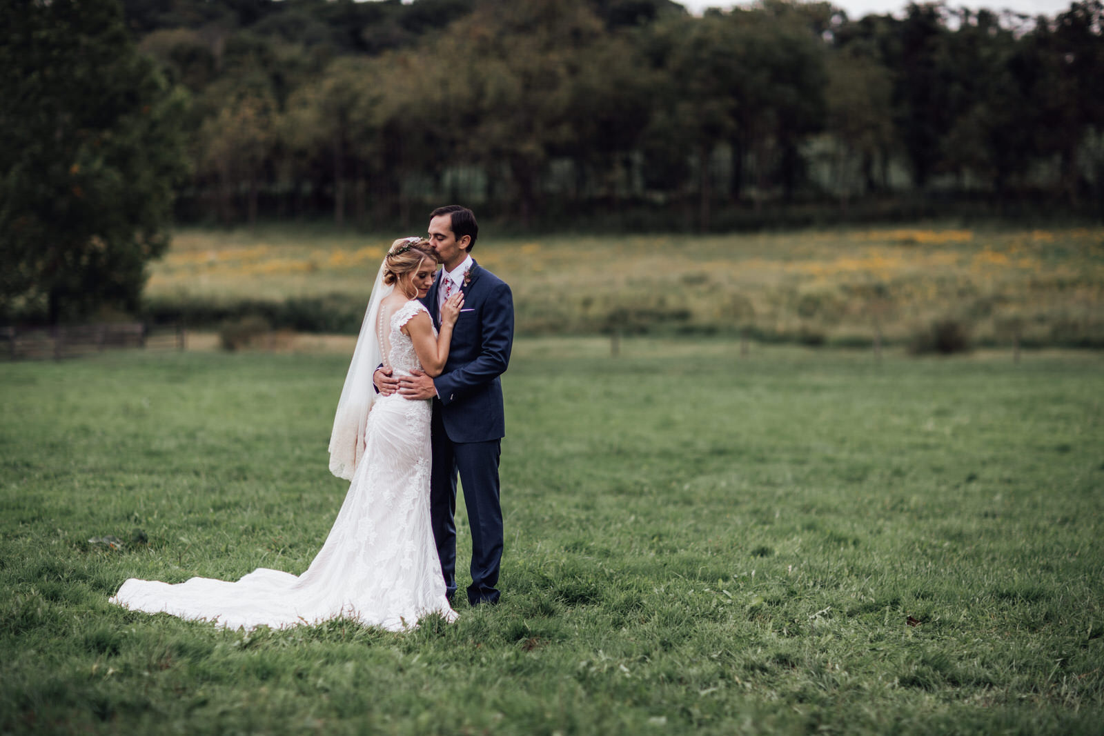 durham hill farm barn wedding venue portraits